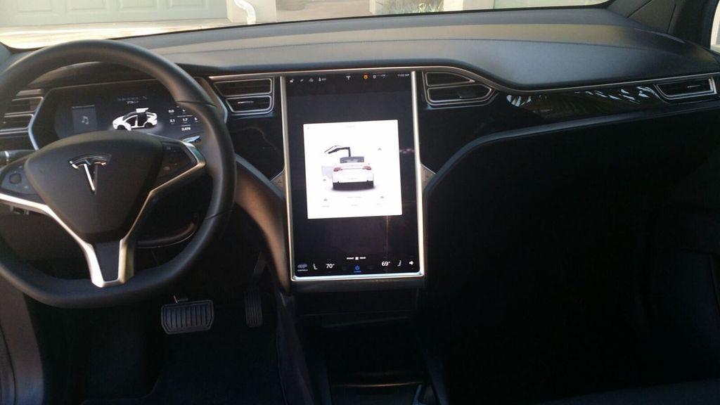 2016 Tesla Model X Model X 75D - 17103281 - 12