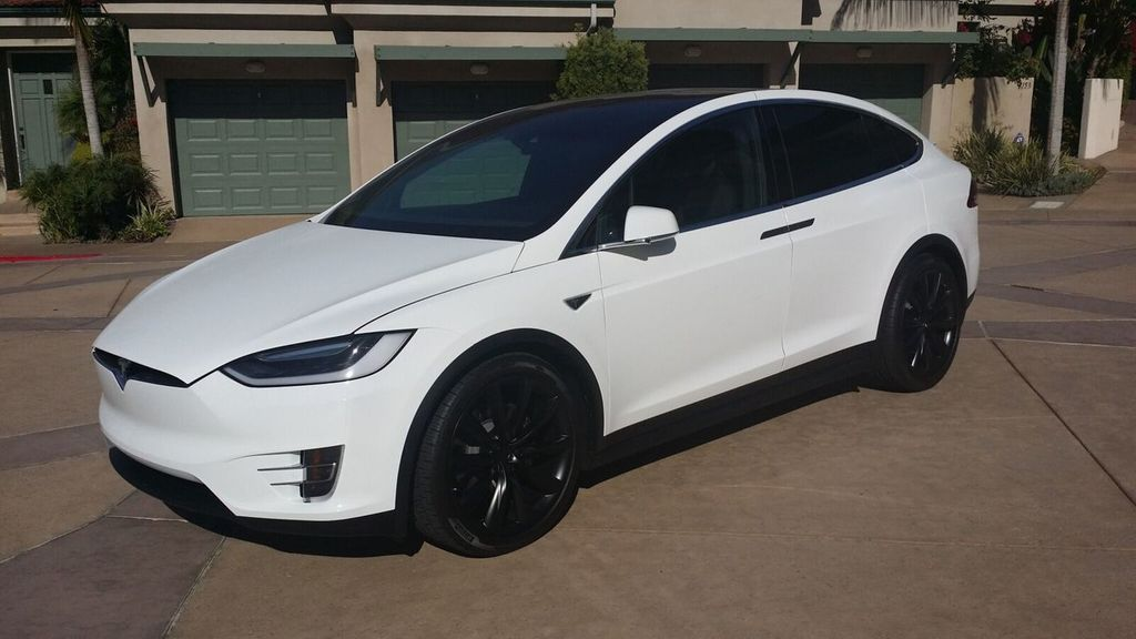 2016 Tesla Model X Model X 75D - 17103281 - 34