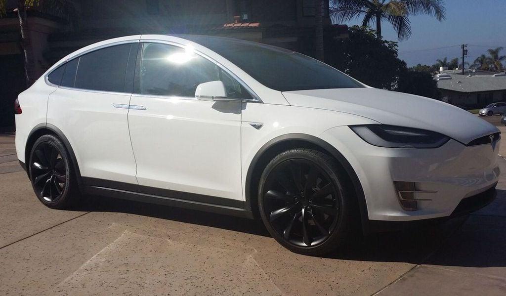 2016 Tesla Model X Model X 75D - 17103281 - 35