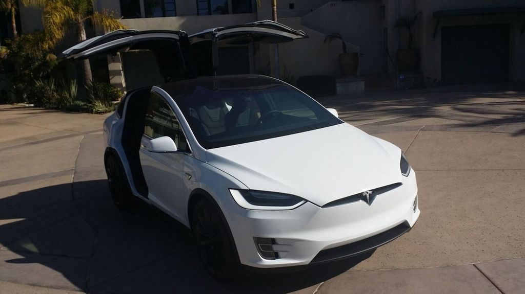 2016 Tesla Model X Model X 75D - 17103281 - 6