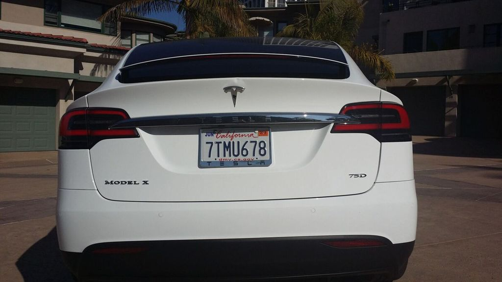 2016 Tesla Model X Model X 75D - 17103281 - 7