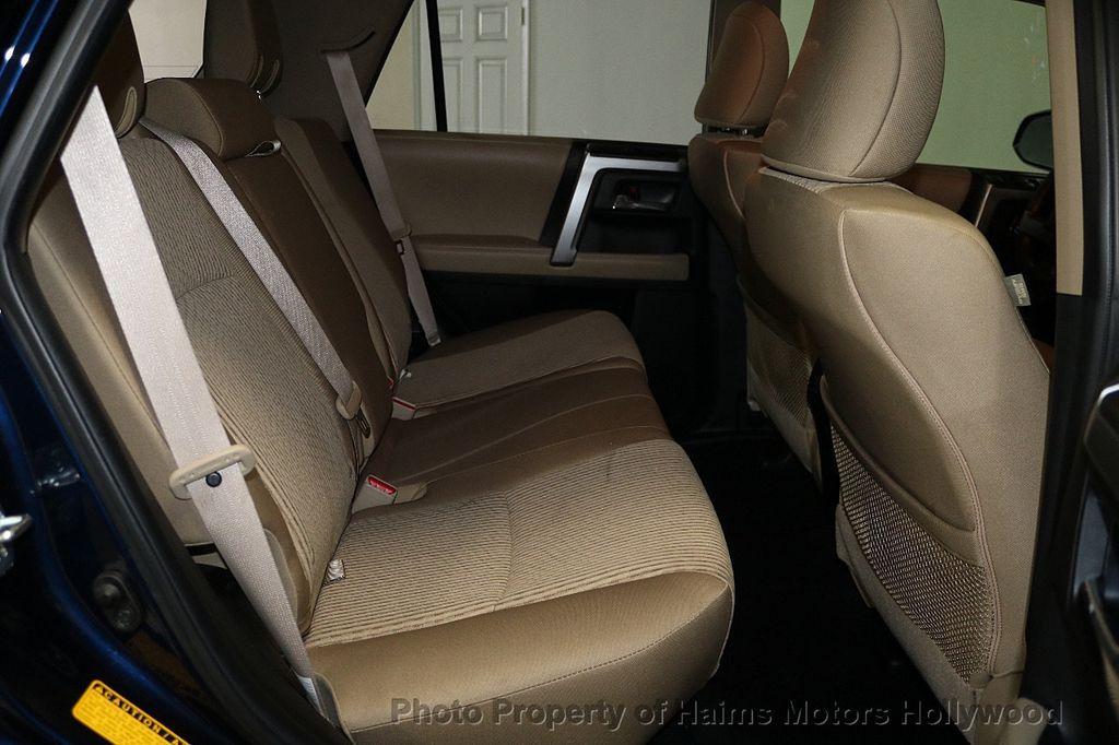 2016 Toyota 4Runner RWD 4dr V6 SR5 - 17718817 - 14