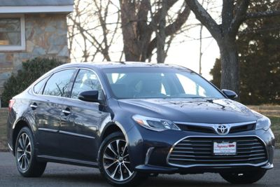 2016 Toyota Avalon 4dr Sedan XLE Premium