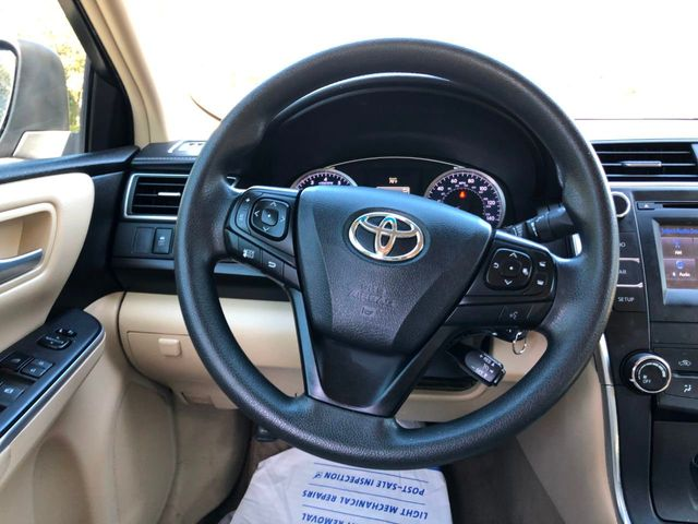 2016 Toyota Camry  - Click to see full-size photo viewer