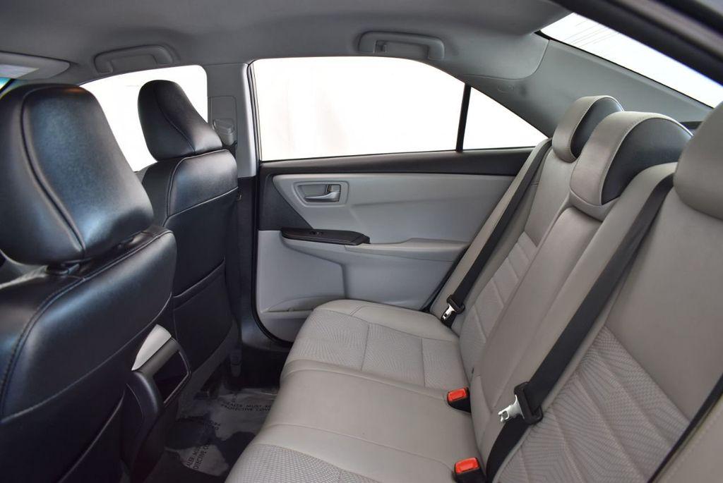 2016 Toyota Camry 4dr Sedan I4 Automatic LE - 18070727 - 11