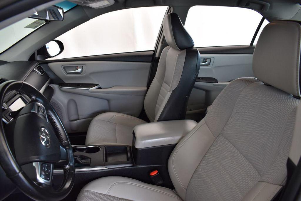 2016 Toyota Camry 4dr Sedan I4 Automatic LE - 18070727 - 13