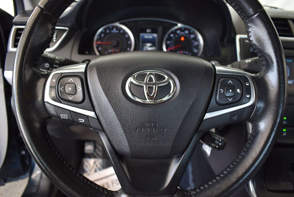 2016 Toyota Camry 4dr Sedan I4 Automatic LE - 18070727 - 16