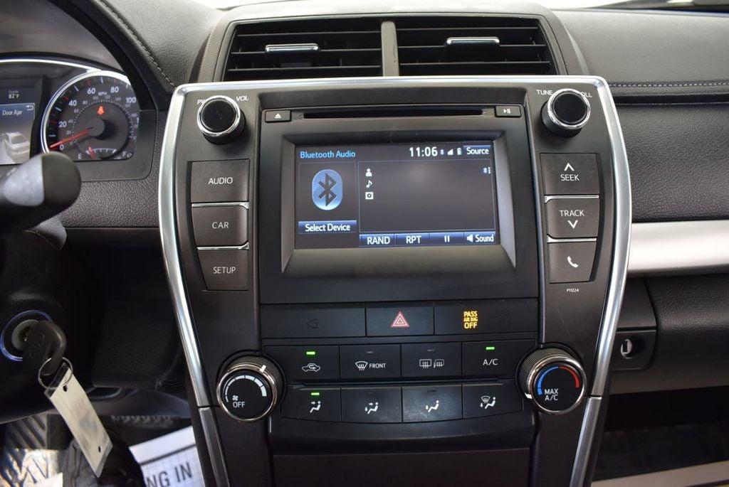 2016 Toyota Camry 4dr Sedan I4 Automatic LE - 18070727 - 19
