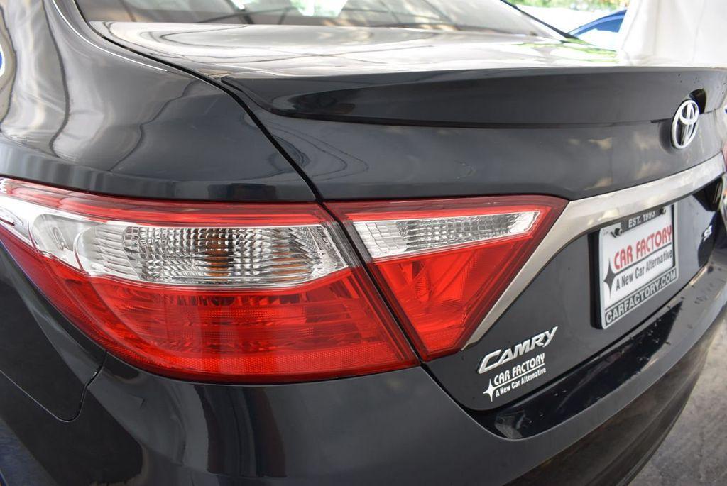2016 Toyota Camry 4dr Sedan I4 Automatic LE - 18070727 - 25