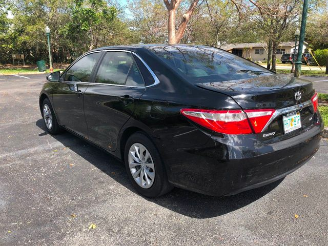 2016 Toyota Camry 4dr Sedan I4 Automatic LE - Click to see full-size photo viewer