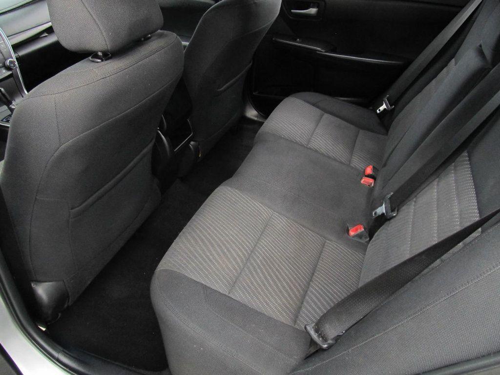 2016 Toyota Camry 4dr Sedan I4 Automatic LE - 18570203 - 12