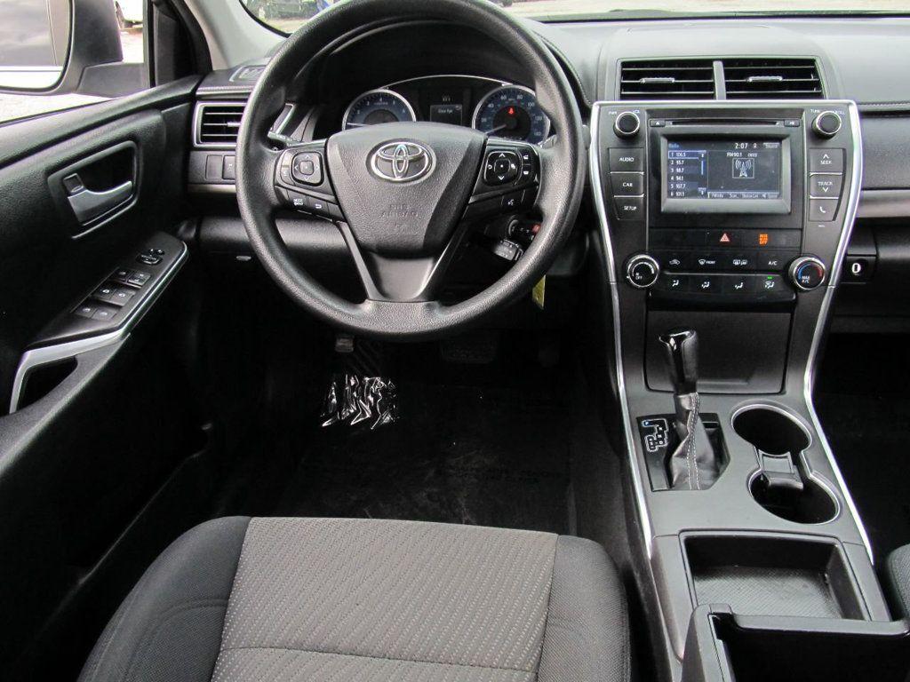 2016 Toyota Camry 4dr Sedan I4 Automatic LE - 18570203 - 13