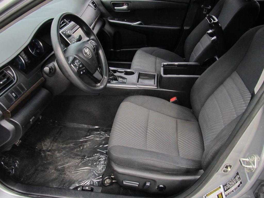 2016 Toyota Camry 4dr Sedan I4 Automatic LE - 18570203 - 14