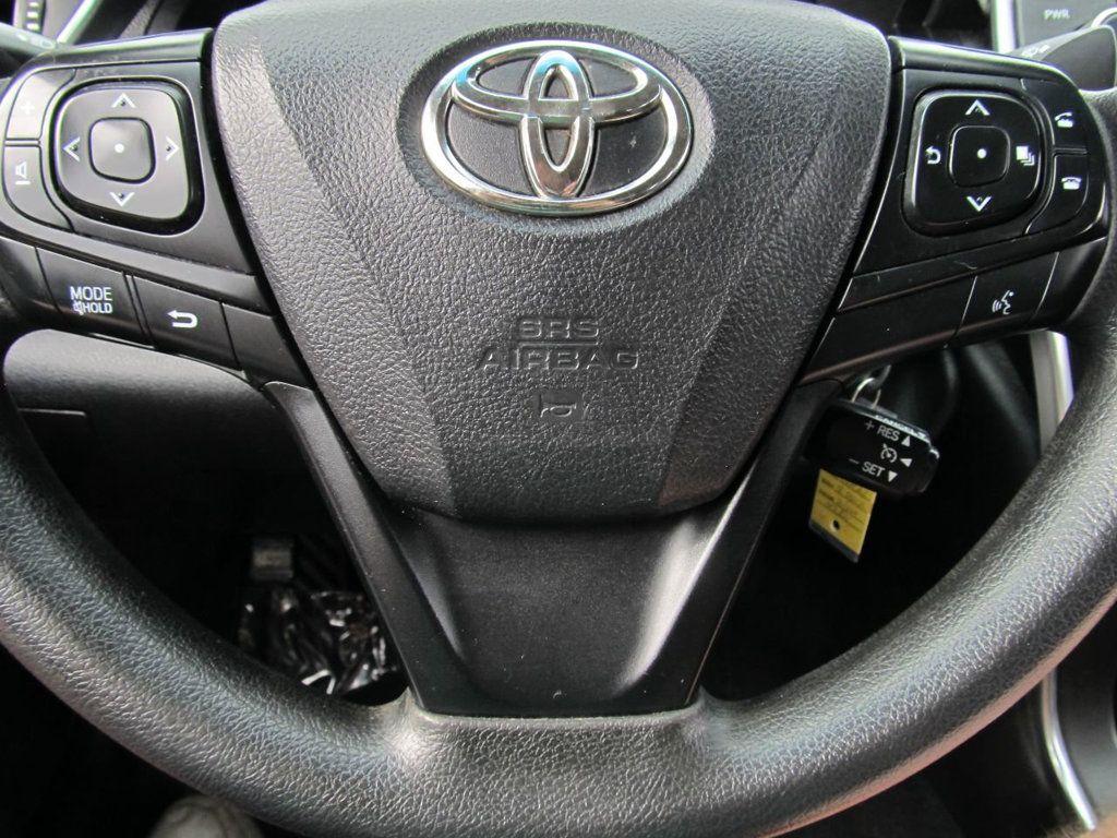 2016 Toyota Camry 4dr Sedan I4 Automatic LE - 18570203 - 19