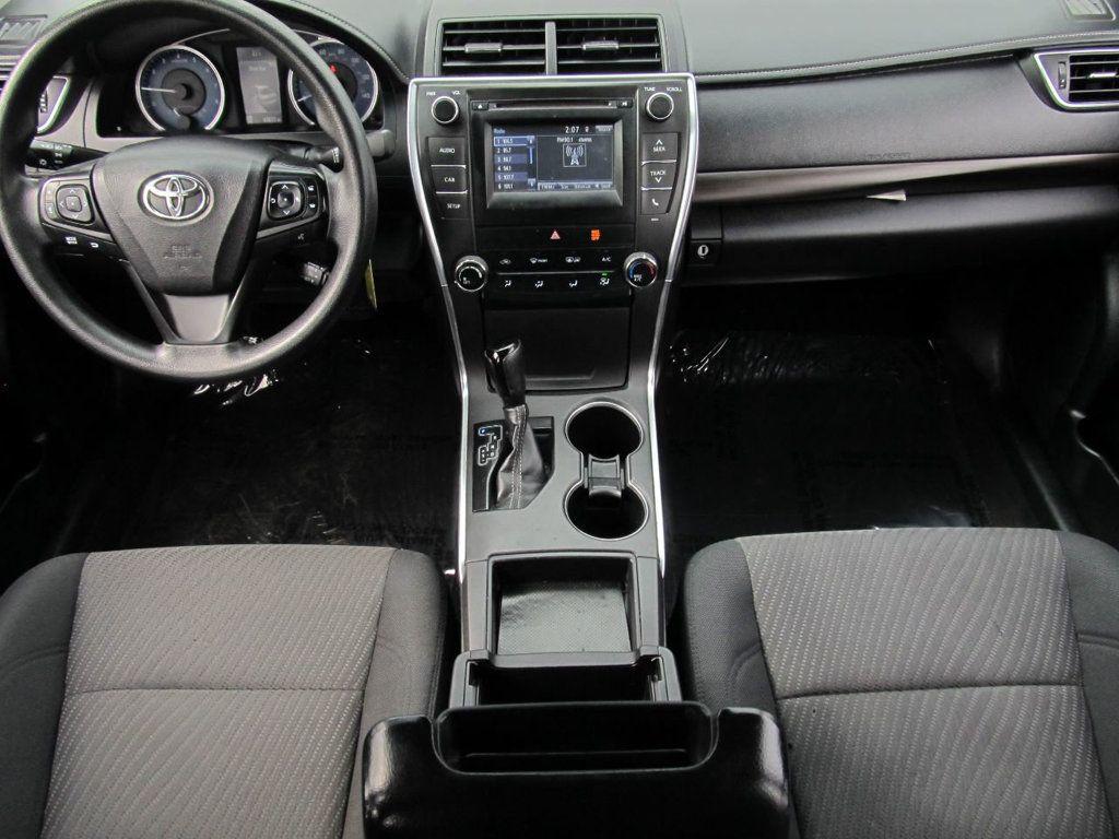 2016 Toyota Camry 4dr Sedan I4 Automatic LE - 18570203 - 6