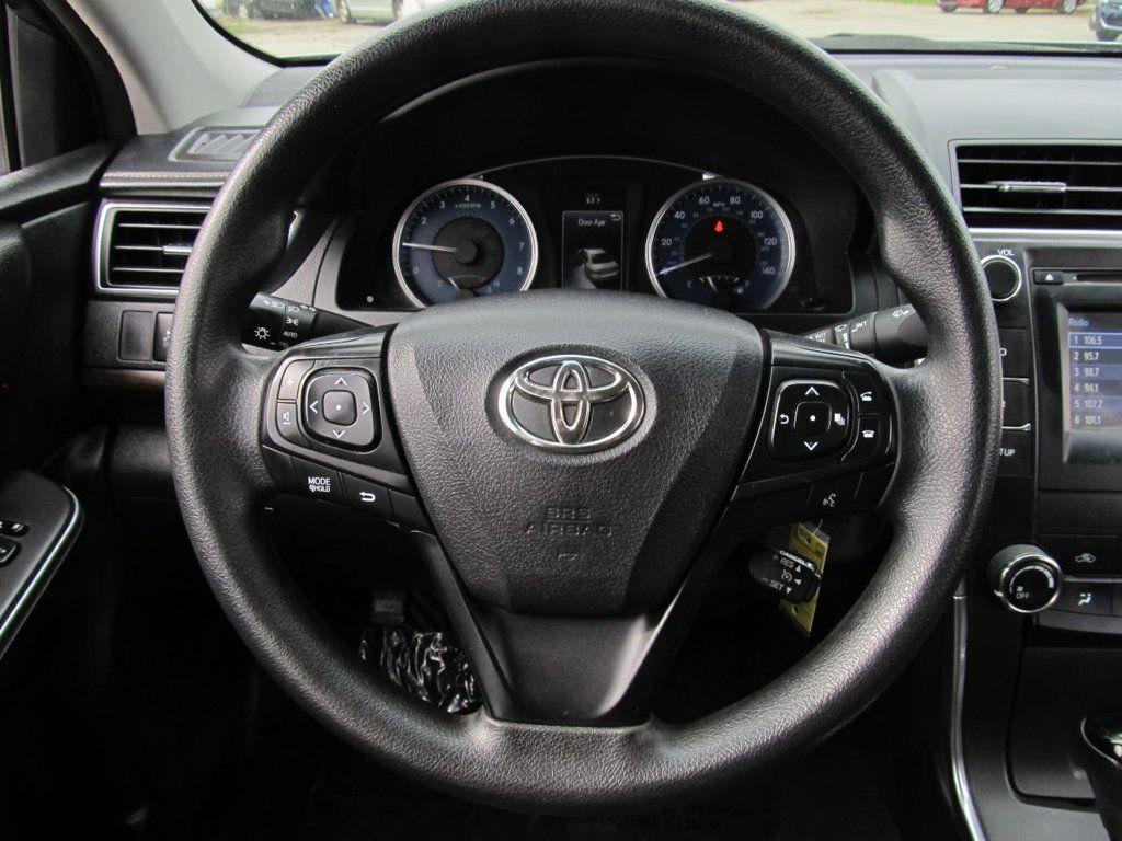 2016 Toyota Camry 4dr Sedan I4 Automatic LE - 18570203 - 7