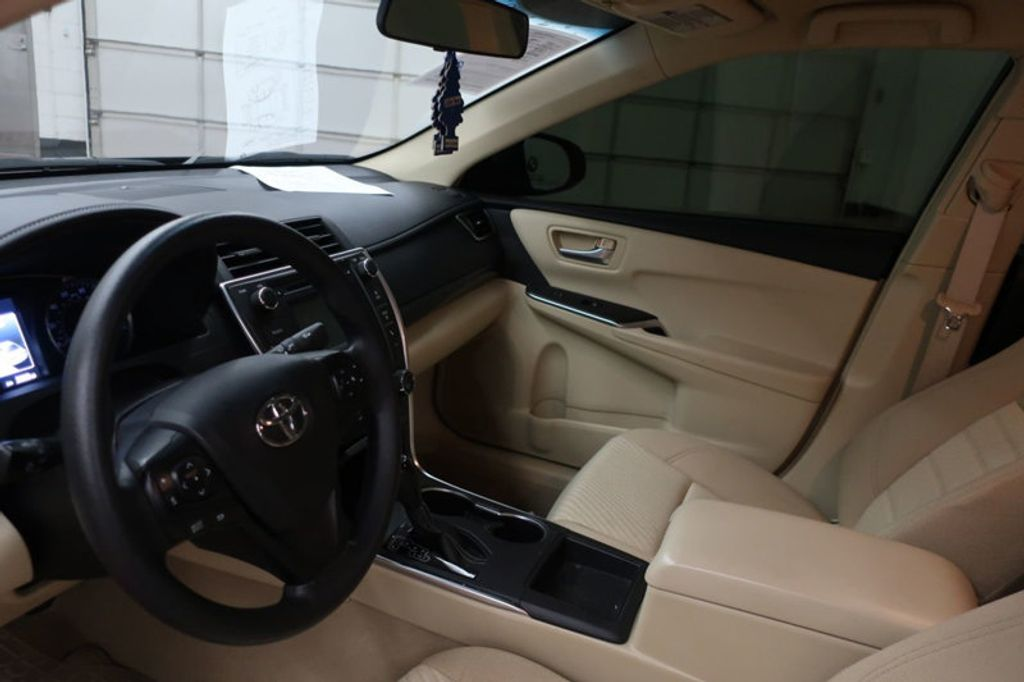 2016 Toyota Camry 4dr Sedan I4 Automatic XSE - 17051824 - 11