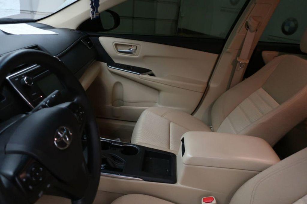 2016 Toyota Camry 4dr Sedan I4 Automatic XSE - 17051824 - 12
