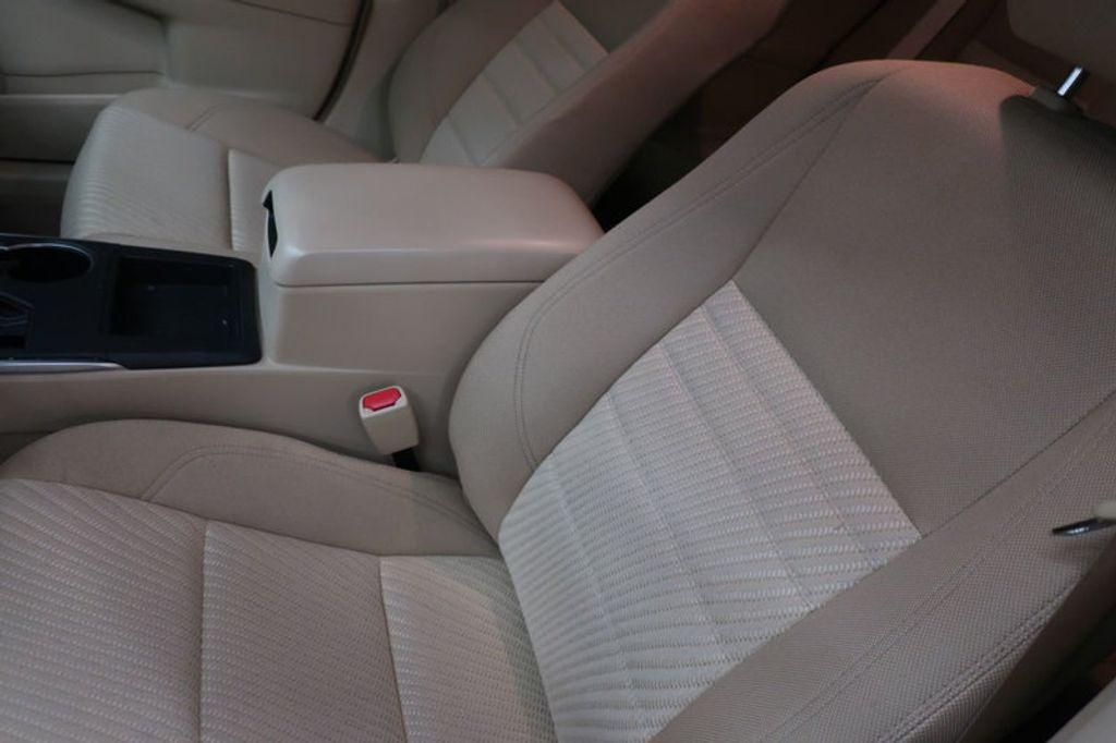 2016 Toyota Camry 4dr Sedan I4 Automatic XSE - 17051824 - 13