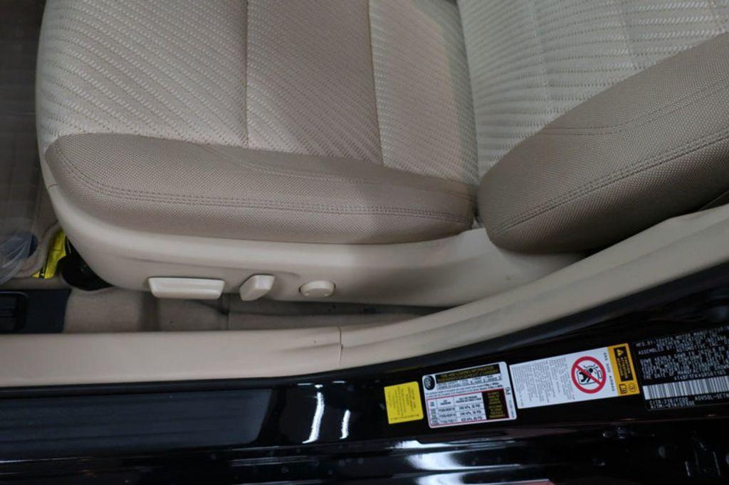 2016 Toyota Camry 4dr Sedan I4 Automatic XSE - 17051824 - 14