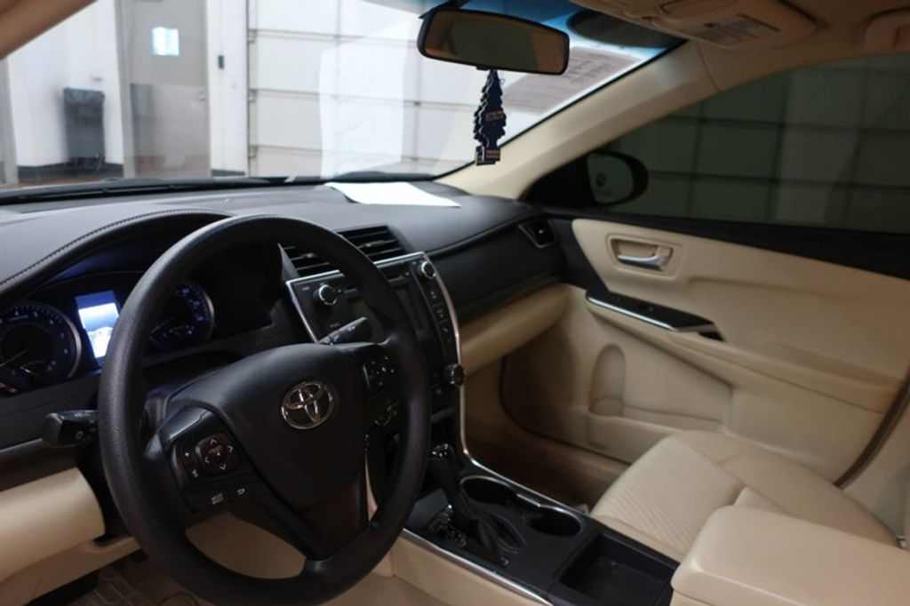 2016 Toyota Camry 4dr Sedan I4 Automatic XSE - 17051824 - 16
