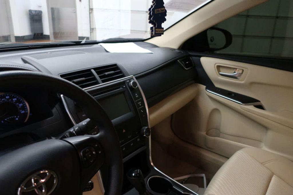 2016 Toyota Camry 4dr Sedan I4 Automatic XSE - 17051824 - 26
