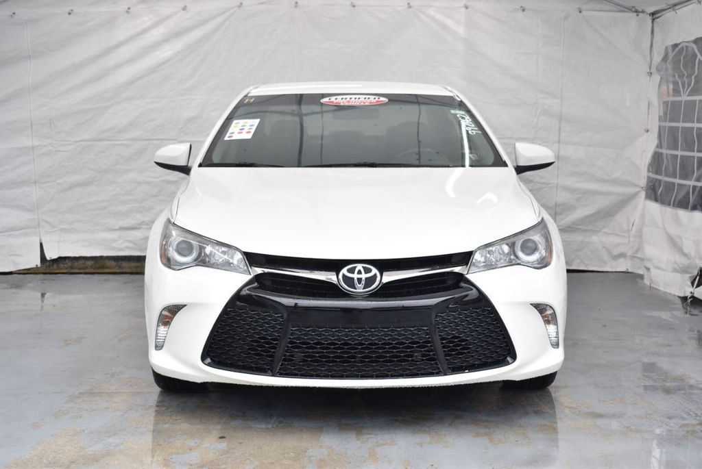 2016 Toyota Camry SE - 18359557 - 3