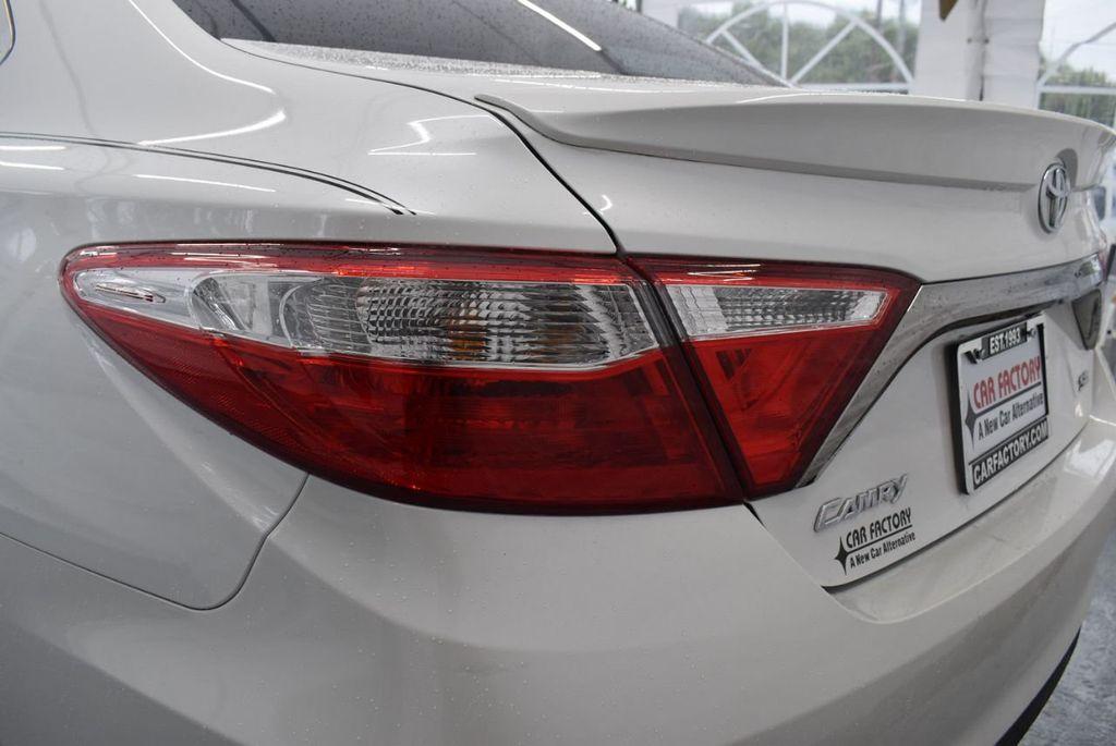 2016 Toyota Camry SE - 18359557 - 6