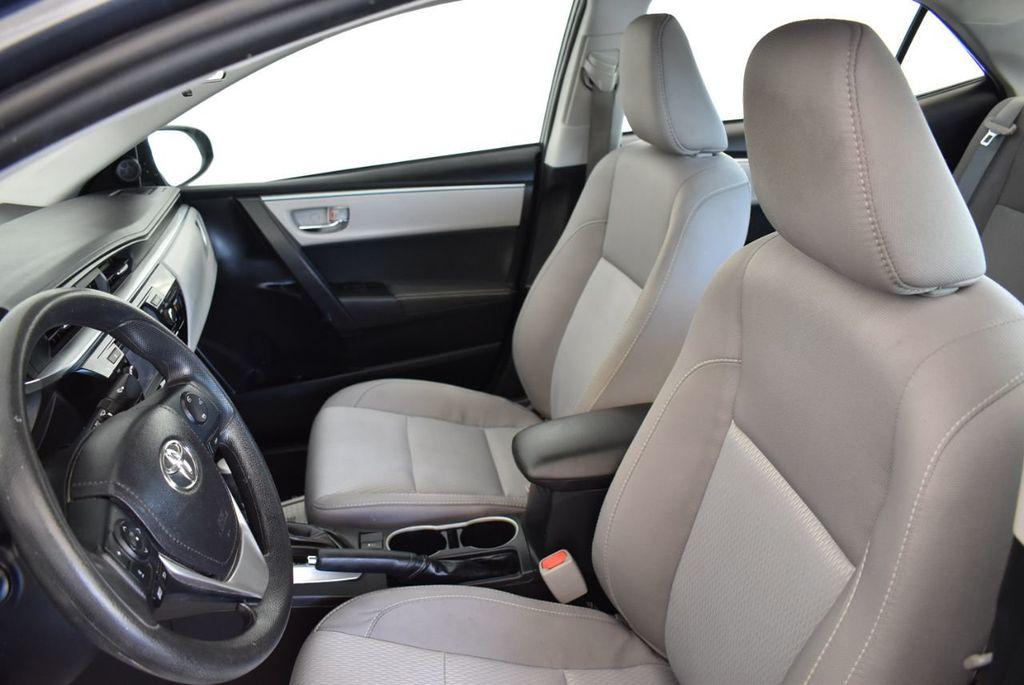 2016 Toyota Corolla 4dr Sedan CVT LE - 17974424 - 13