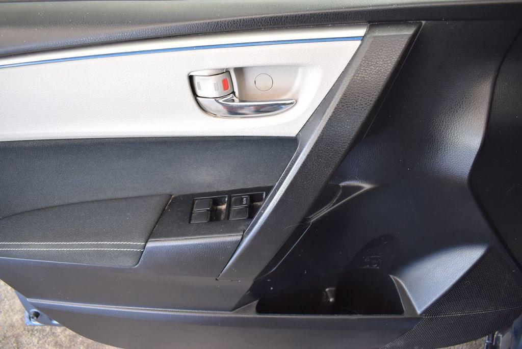 2016 Toyota Corolla 4dr Sedan CVT LE - 17974424 - 14