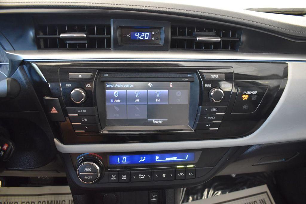 2016 Toyota Corolla 4dr Sedan CVT LE - 17974424 - 19