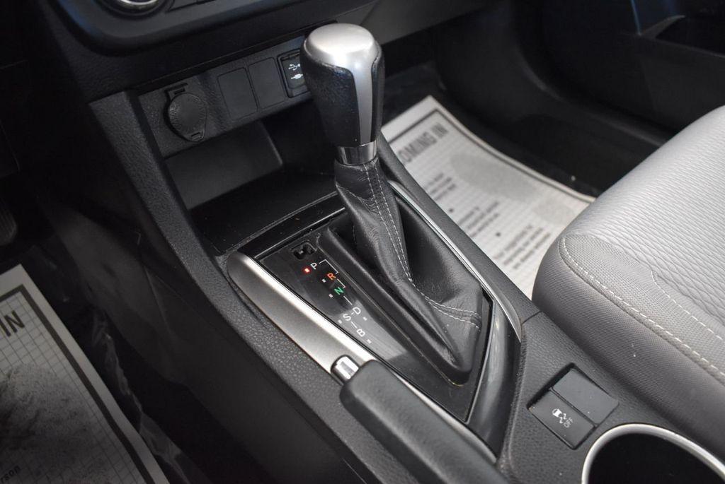 2016 Toyota Corolla 4dr Sedan CVT LE - 17974424 - 20