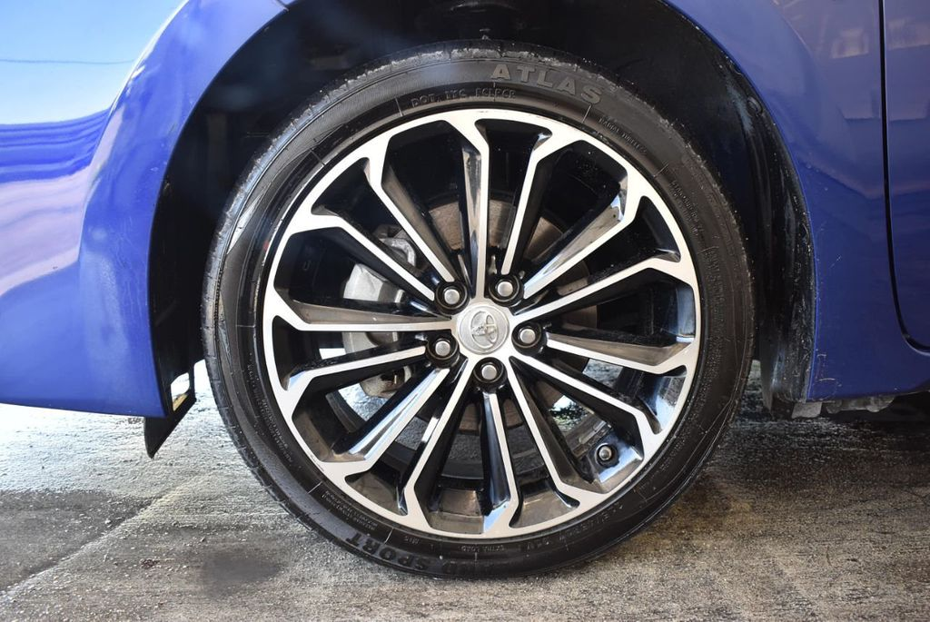 2016 Toyota Corolla 4dr Sedan CVT S - 17974429 - 11
