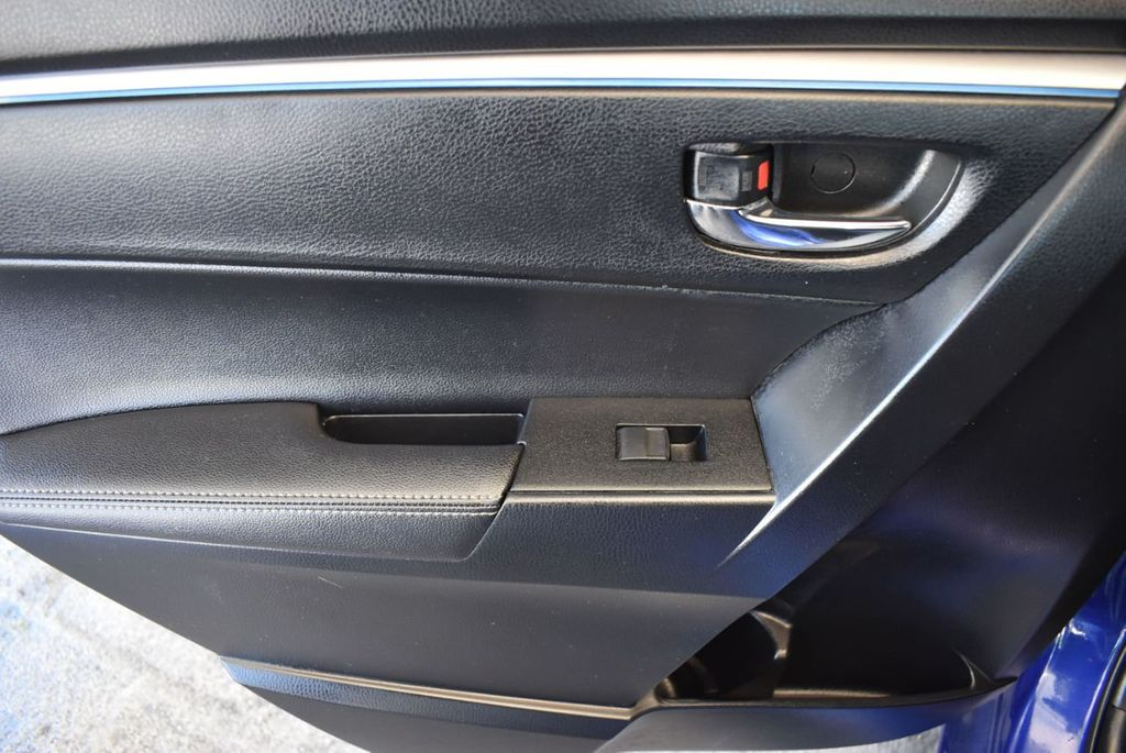 2016 Toyota Corolla 4dr Sedan CVT S - 17974429 - 15