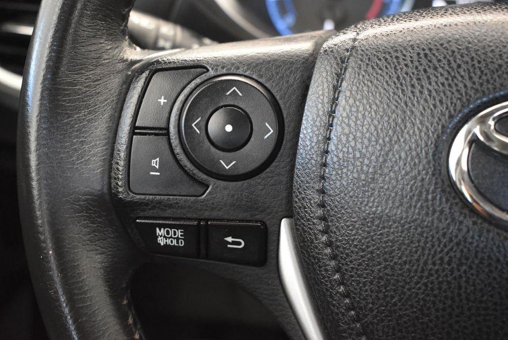 2016 Toyota Corolla 4dr Sedan CVT S - 17974429 - 19