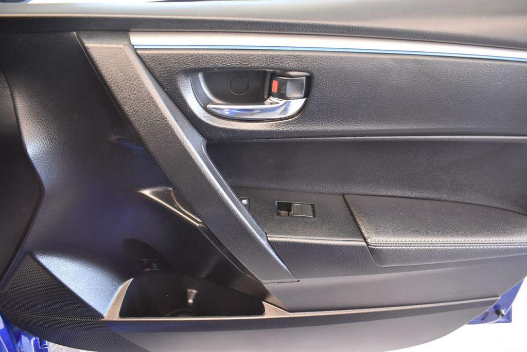2016 Toyota Corolla 4dr Sedan CVT S - 17974429 - 25
