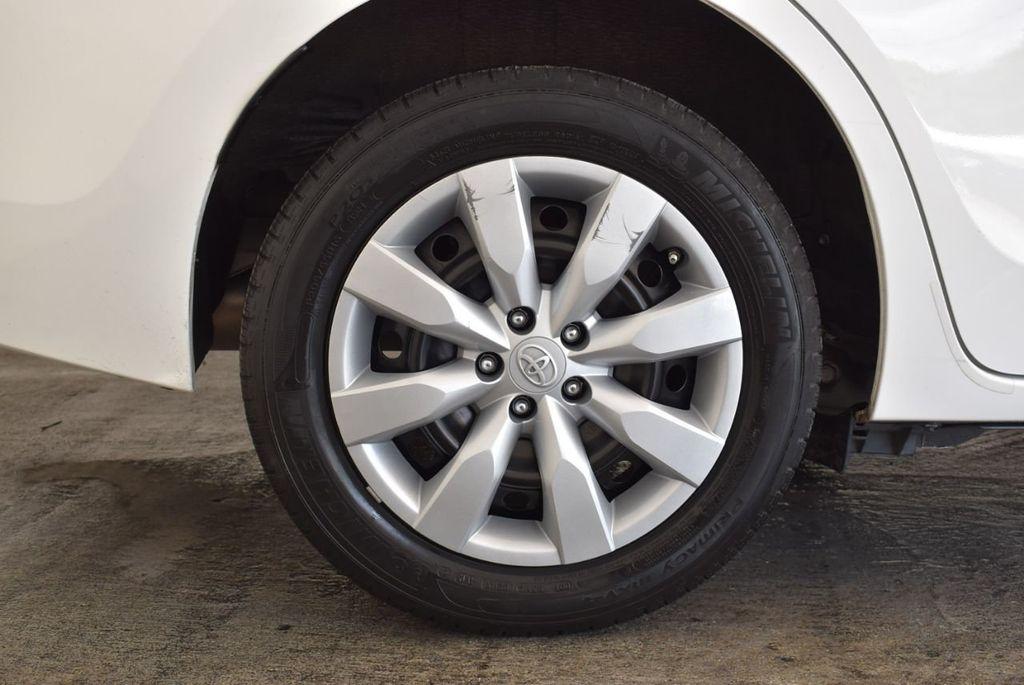 2016 Toyota Corolla LE - 18157159 - 9