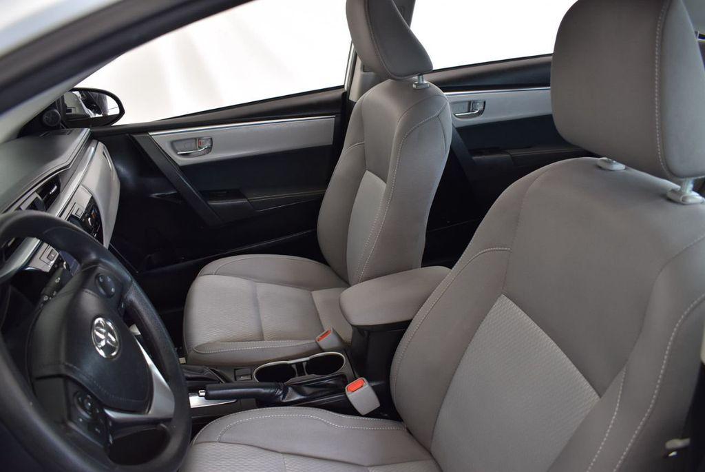 2016 Toyota Corolla LE - 18157159 - 12