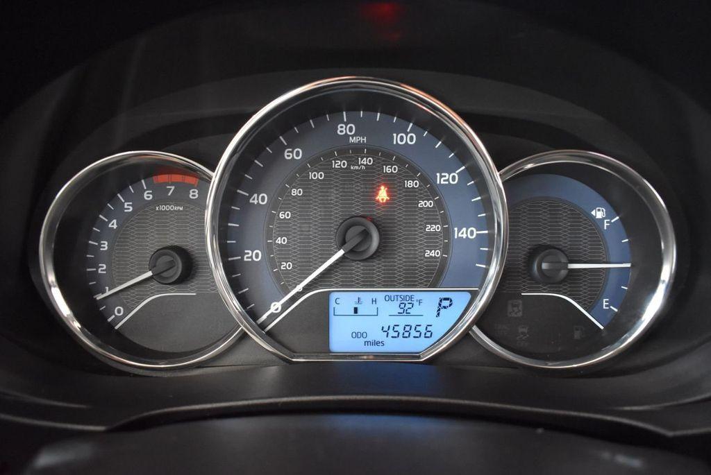 2016 Toyota Corolla LE - 18157159 - 16