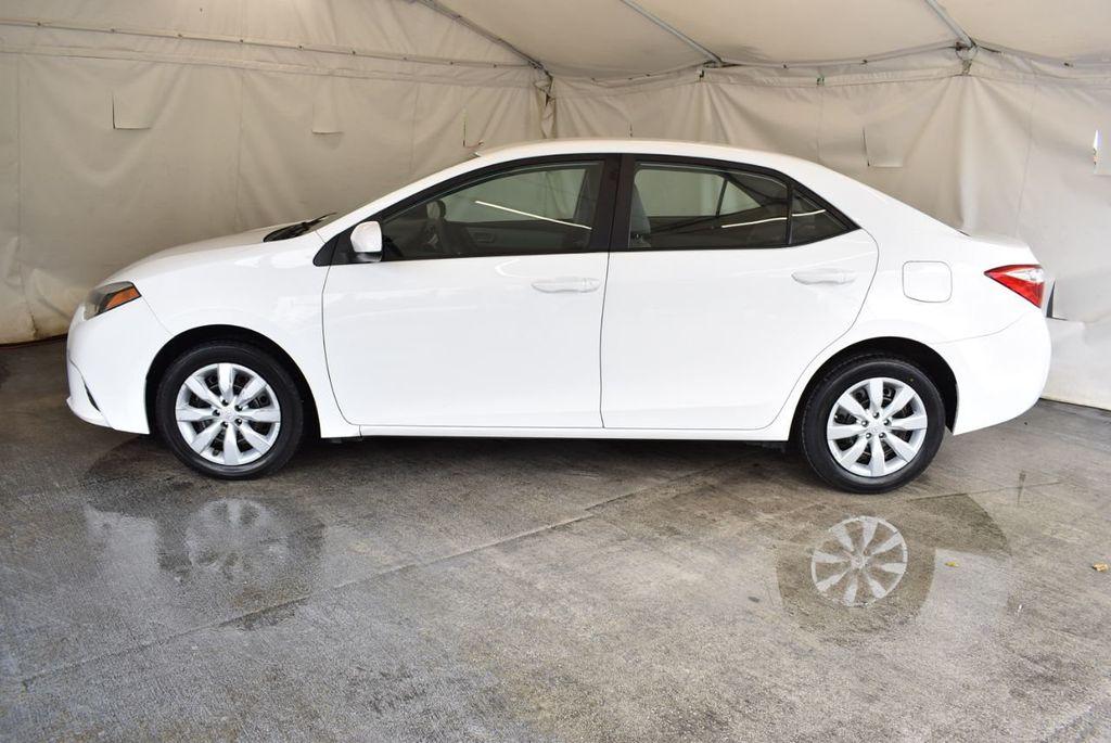 2016 Toyota Corolla LE - 18157159 - 4