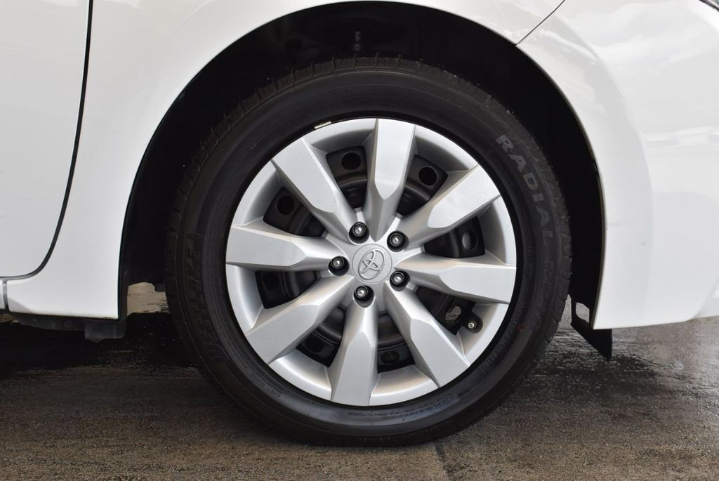 2016 Toyota Corolla LE - 18157159 - 8