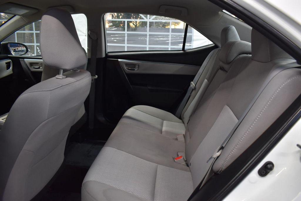 2016 Toyota Corolla LE - 18359533 - 12
