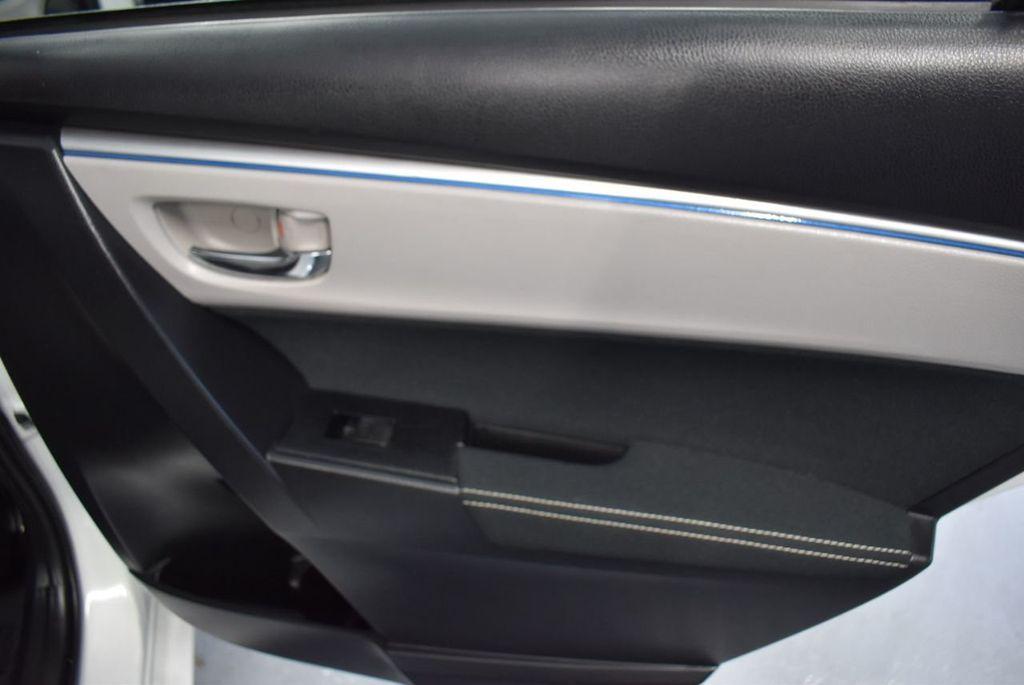 2016 Toyota Corolla LE - 18359533 - 23