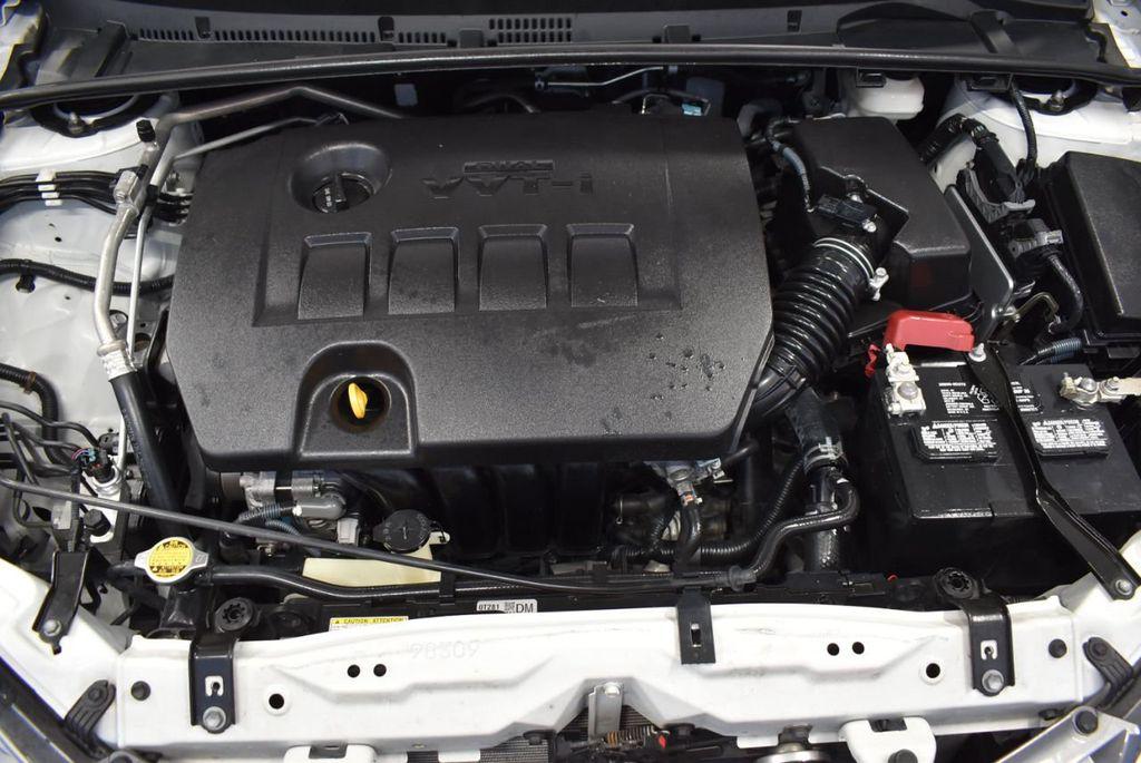 2016 Toyota Corolla LE - 18359533 - 26
