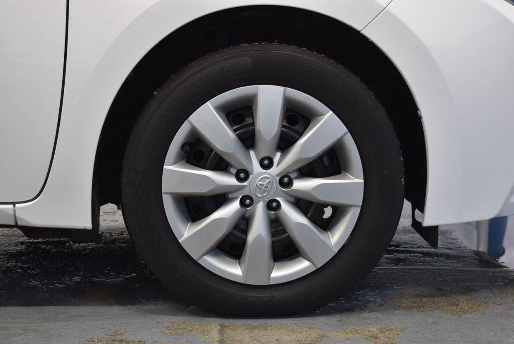 2016 Toyota Corolla LE - 18359533 - 8