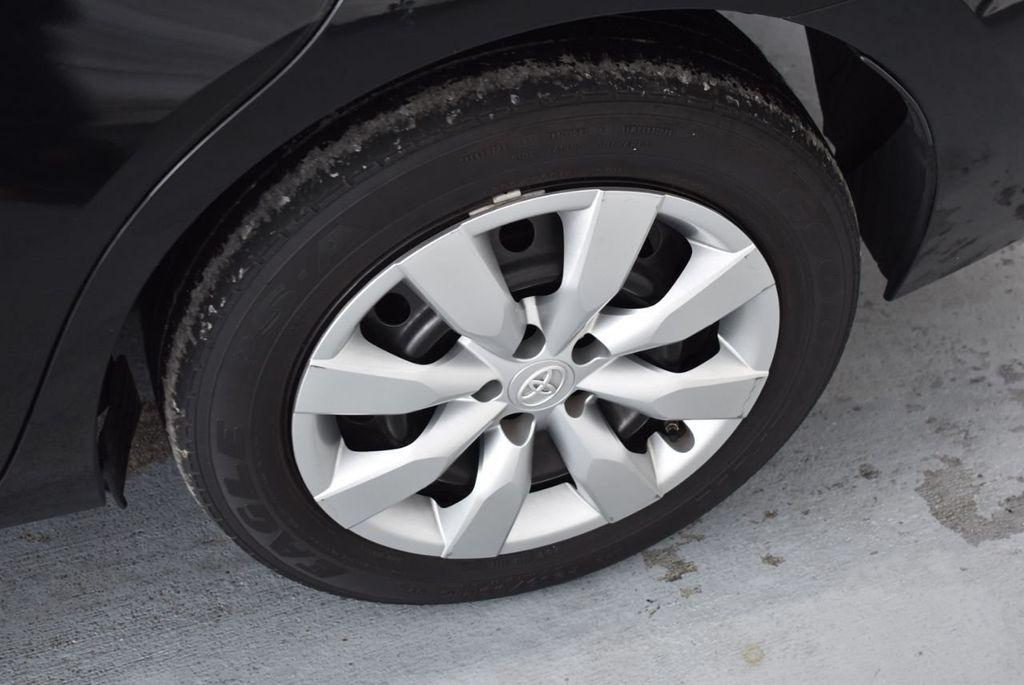 2016 Toyota Corolla LE - 18436049 - 5