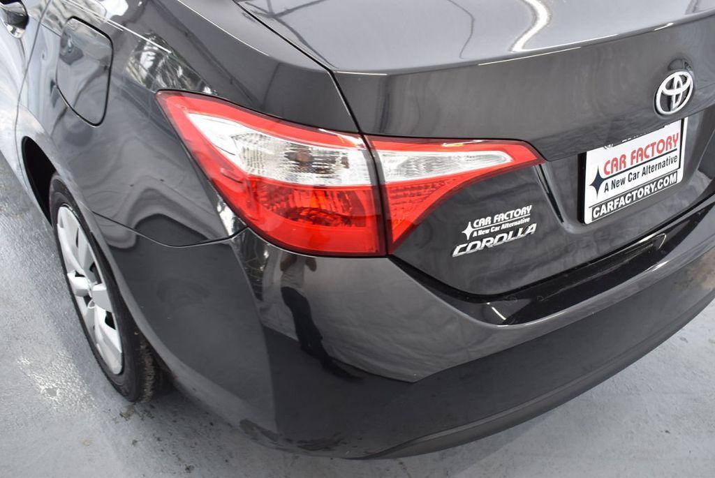 2016 Toyota Corolla LE - 18436049 - 6