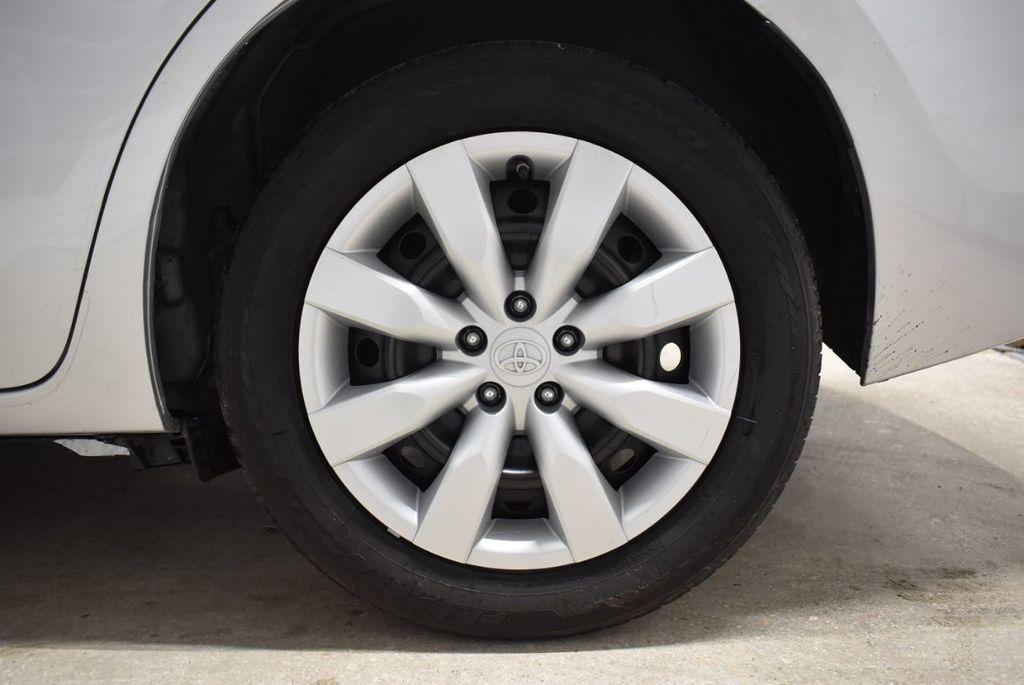 2016 Toyota Corolla LE - 18436050 - 9