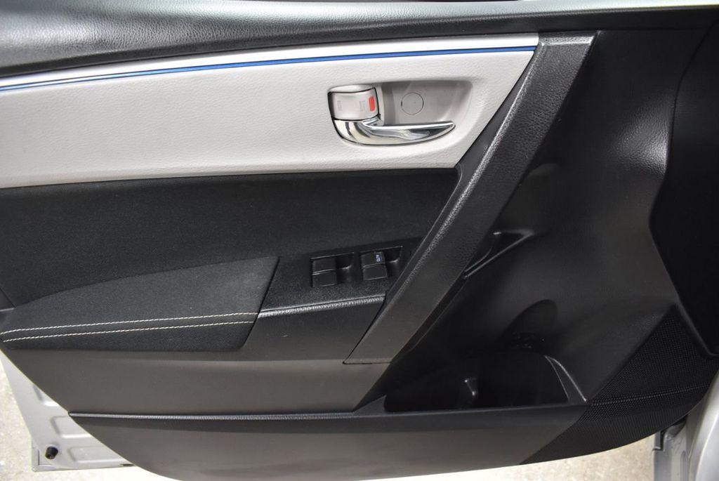 2016 Toyota Corolla LE - 18436050 - 12