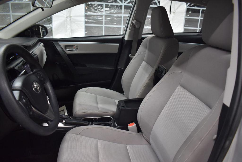 2016 Toyota Corolla LE - 18436050 - 13